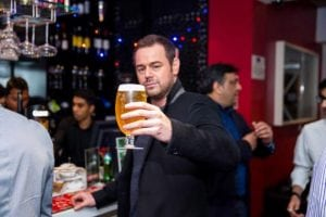 danny-dyer-drinking-beer