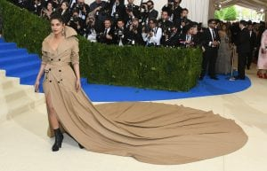 priyanka-chopra-wore-boots-and-a-long-trench-coat-making-her-look-like-an-elegant-flasher